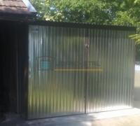 Standardowy garaż blaszany