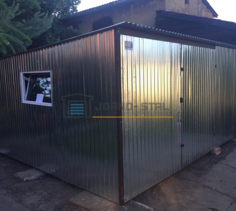Jak rozbudować garaż blaszany?